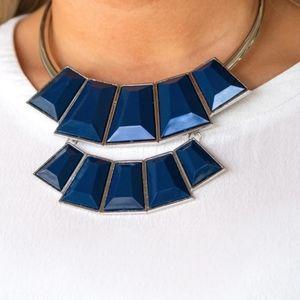 Blue necklace/earrings paparazzi